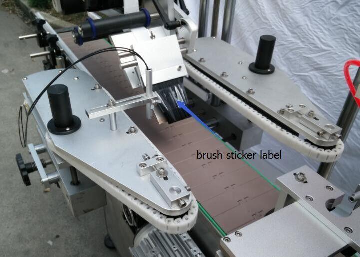 เครื่องติดฉลากสติกเกอร์ขวดกลมอัตโนมัติสำหรับมอเตอร์ขวดเบียร์